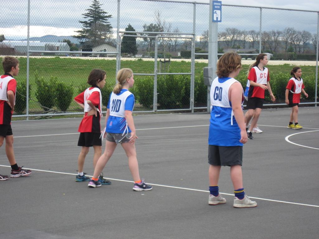 Montessori students on the Port Ahuriri Primary School netball team