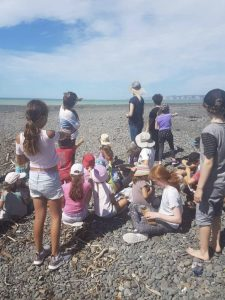 Port Ahuriri School Montessori Primary class at the Tukituki River mouth, Haumoana, Hawkes Bay